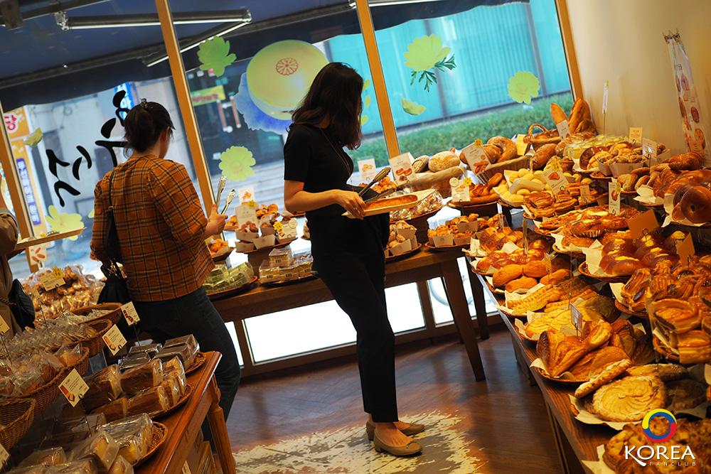 OPS สาขา Haeundae ( แฮอุนแด ) ร้านเบเกอรี่ชื่อดัง แห่ง ปูซาน